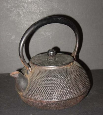 Japanese iron teakettle of NANBU Teapot Tetsubin