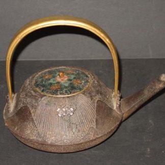 Japanese antique Iron Sake Pot Tetsubin Kettle