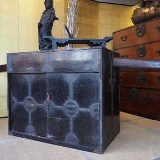 Extraordinary Japanese Antique Choba Dansu Merchant Gyoushou Tansu