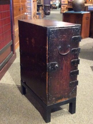 Japanese Antique Gyosho Tansu Peddling Chest