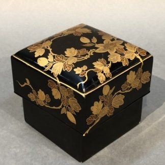 Japanese Antique Makie Lacquer Box